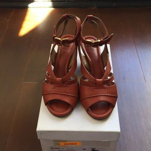 Chloe leather wedge sandals Size 36